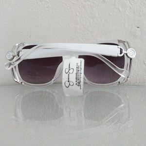 Jessica Simpson Accessories - NWT JESSICA SIMPSON OVERSIZED WHITE SUNGLASSES